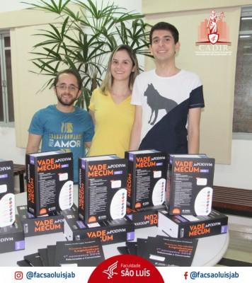 CADIR faz doação a Biblioteca da Faculdade São Luís